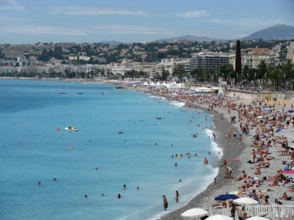 J'ai essayé un voyage en solo à destination de Nice, France 1
